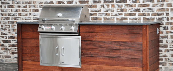 Outdoor kitchen installation in Frisco